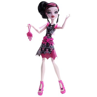 Monster-High-Filme-Draculaura