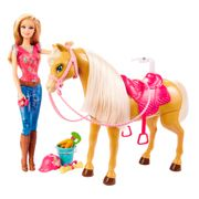 BARBIE-FAMILY-BARBIE-COM-CAVALO