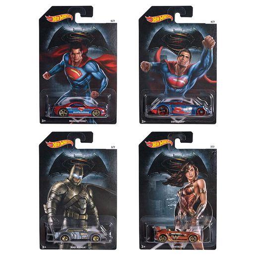 Hot-Wheels-Batman-vs-Superman---Mattel-