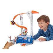 Brinquedo-Conjunto-Chuck-Friends-Tornado---Hasbro