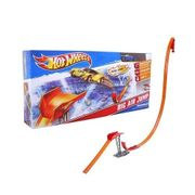 Hot-Wheels-Pista-Salto-Radical