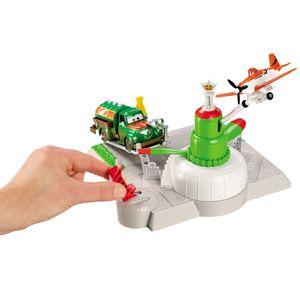 Avioes-Conjunto-Aereo-Estacao-Abastecimento