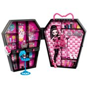 MONSTER-HIGH-CLOSET-DA-DRACULAURA-ABERTO