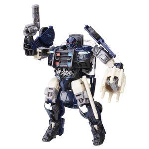 Transformers-Deluxe-Barricade---Hasbro